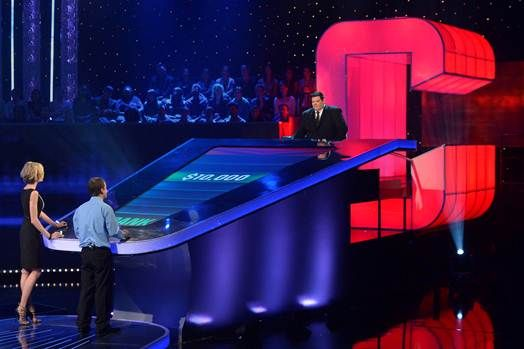 Gsn Shows Confidence Renews The Chase Before It Premieres Game Show American Games Classic Games