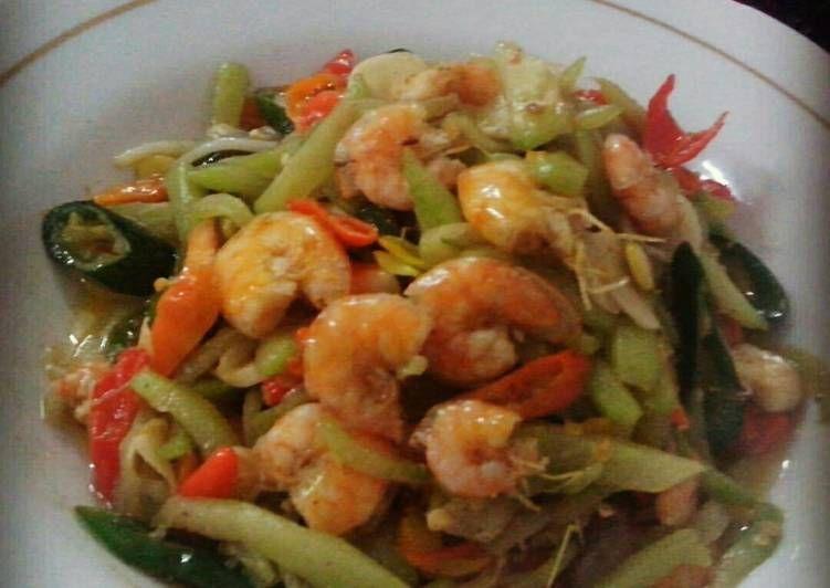 Resep Tumis Labu Siam Dan Udang Oleh Triani Puspita Resep Resep Makanan Sehat Resep Masakan Resep Masakan Asia