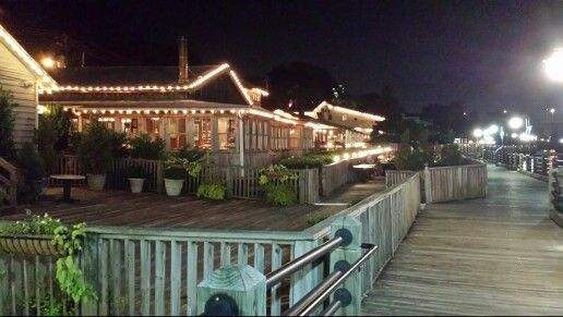 While Looking For Budget Pet Friendly Hotels Close To Carolina Beach Or Hotels Close To Wrightsville Beach Rodeway Carolina Beach North Carolina Hotels Hotel