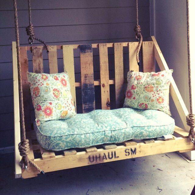 Wooden Pallet Swing Chair Ideas