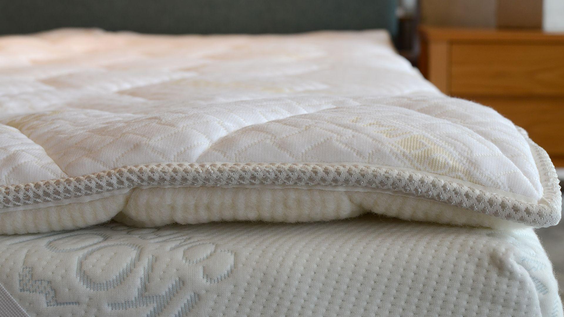 a luxurious reversible topper a mattress topper with coolmax