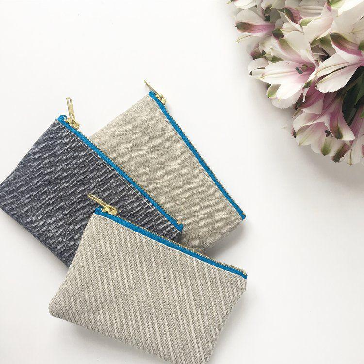 Organic hemp cotton purses berries blue lining blue metal zip.JPG
