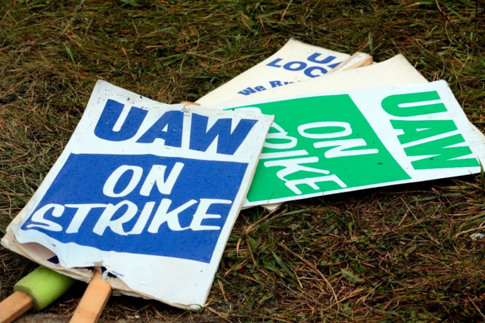 Revive the Middle Class by Bringing Back Unions (With