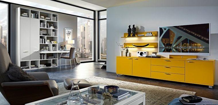 Esempi arredamento soggiorno con un mobile di colore giallo ...