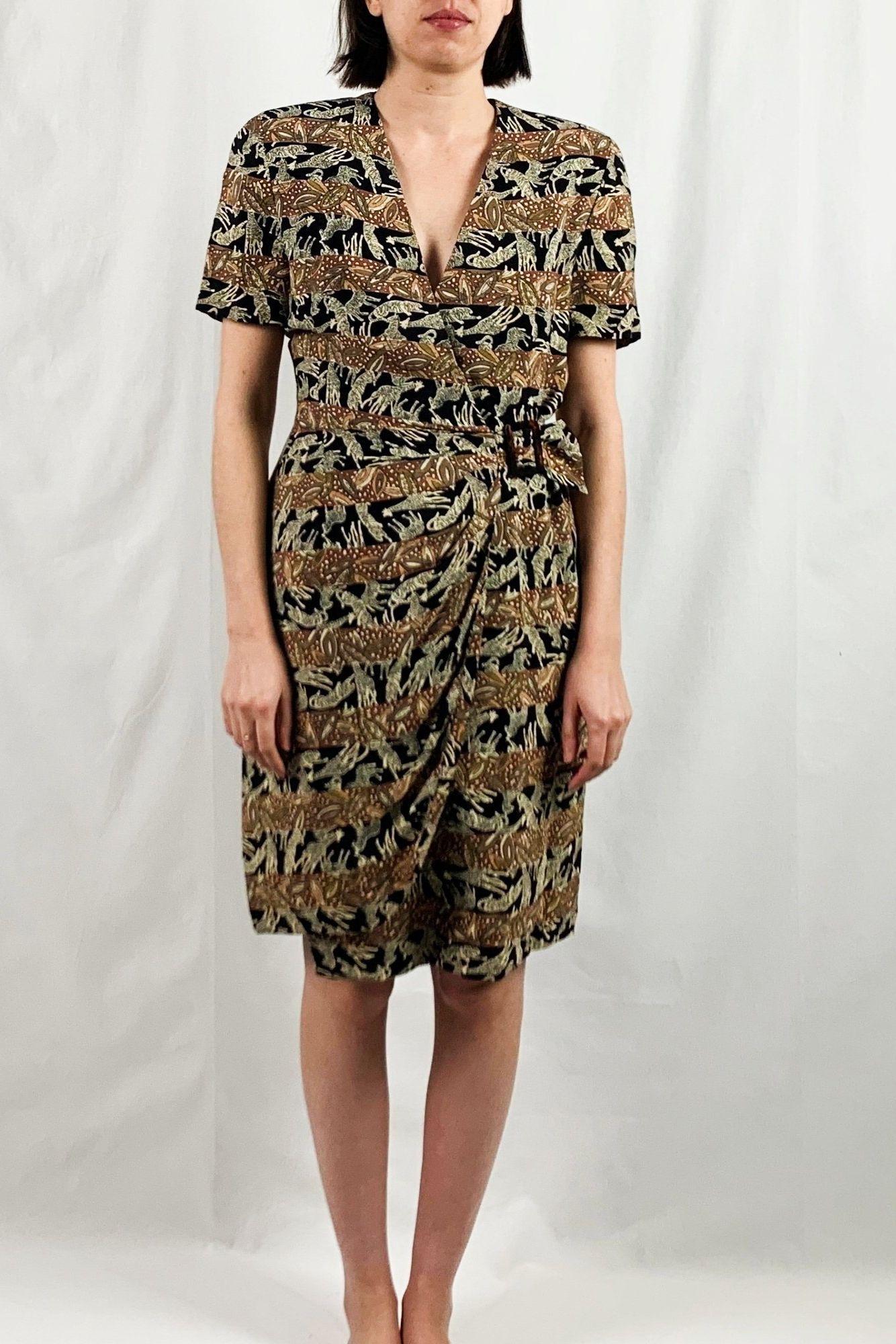 Jones New York Animal Print Wrap Dress Vintage 90s Etsy Printed Wrap Dresses Vintage Wrap Dress Vintage Dresses [ 2000 x 1334 Pixel ]