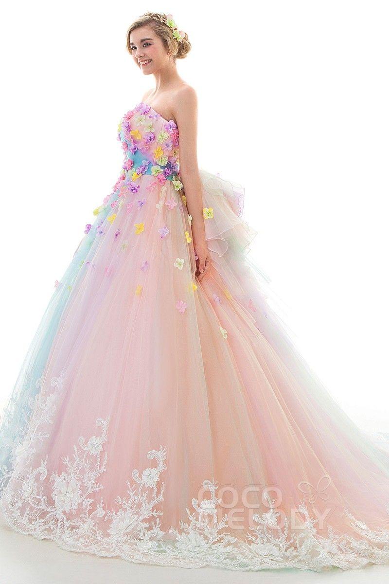 0a50dc01c02a2 高品質・低価格の豊富なラインナップでドレス探しのお手伝い。サロンでは試着も可能です。ぜひピッタリな一着を見つけてください。