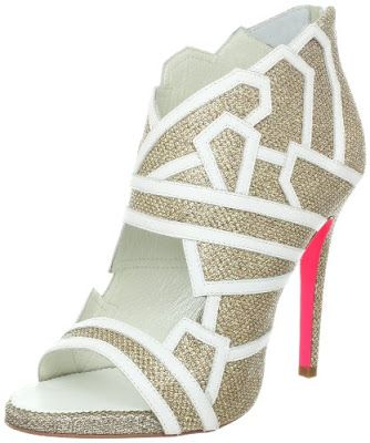 10 Designer Fall Booties We're Crushing On  I  SHOE Luv - http://shoeluv.blogspot.com