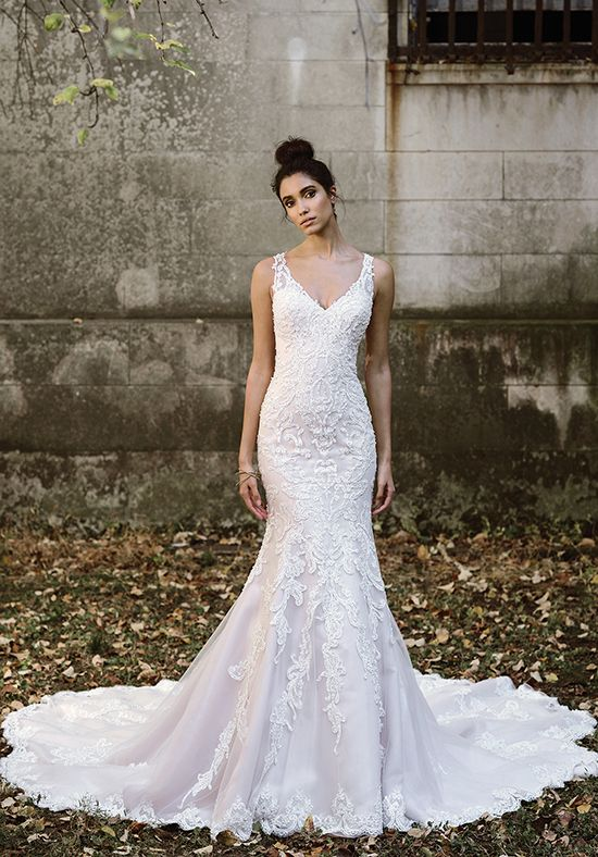 Hand Placed Lace Wedding Dress With Illusion Back Style 9874 By Justin Alexander Http Trib Al Sxtlixi