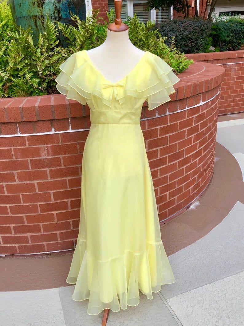 1970s Yellow Chiffon Formal 70s Vintage Maxi Dress Size S M Etsy Vintage Maxi Dress Dresses Yellow Maxi Dress [ 1059 x 794 Pixel ]
