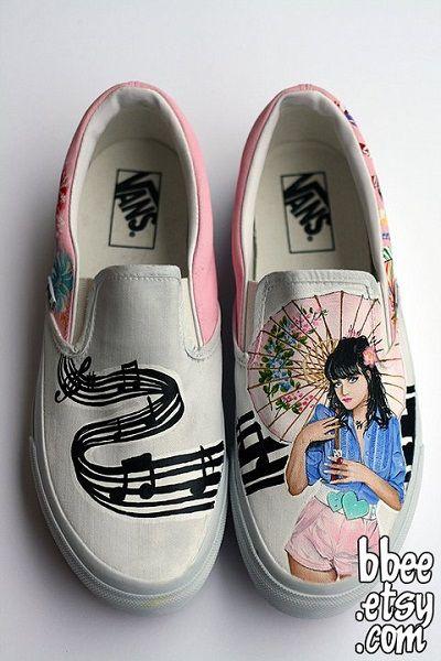 688de083f4 katy-perry-custom-vans-slip-on-shoes-bbee-1
