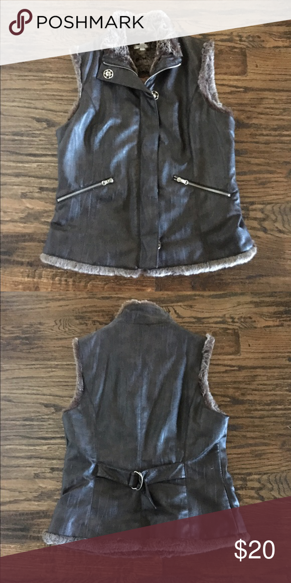 Cache Vest with Faux Fur Excellent Condition. 100% polyester Cache Jackets & Coats Vests