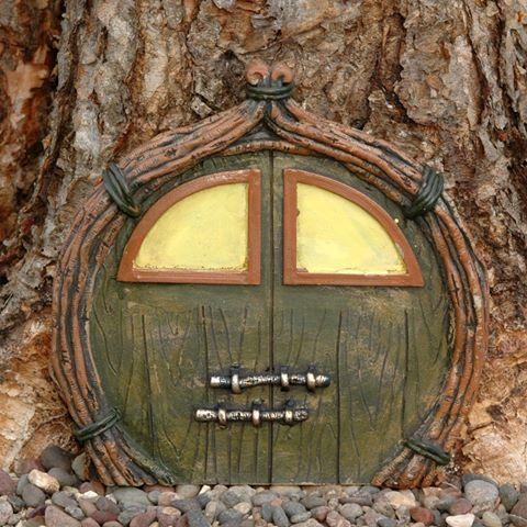 Faerie door with glow-in-the-dark windows. & Faerie door with glow-in-the-dark windows.   Crafts (Fairy Doors ...
