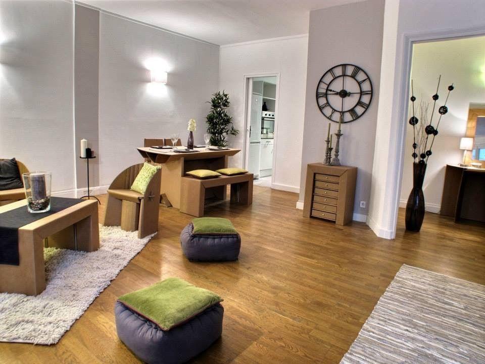 Home Staging Et Mise En Valeur D Un Bien Immobilier Vide En Y Mettant En Scene Du Mobilier Epheme L Emplacement Des Meubles Mobilier De Salon Meubles En Carton