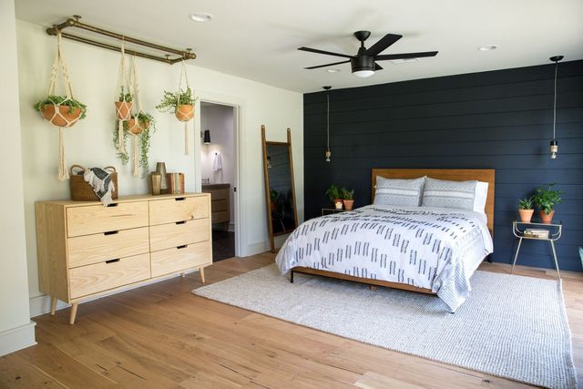Joanna Makes Chip Squirm On Fixer Upper And These Pics Explain Why Home Decor Bedroom Modern Bedroom Colors Home