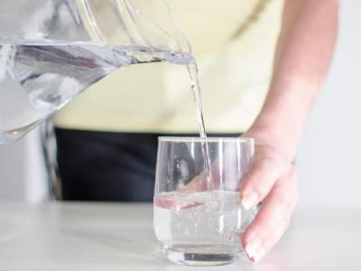 Mršavite zdravo: Koliko vode morate popiti da biste otopili masnoće?