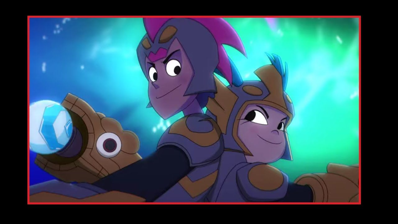Glitch techs what is this shiny thing my little pony