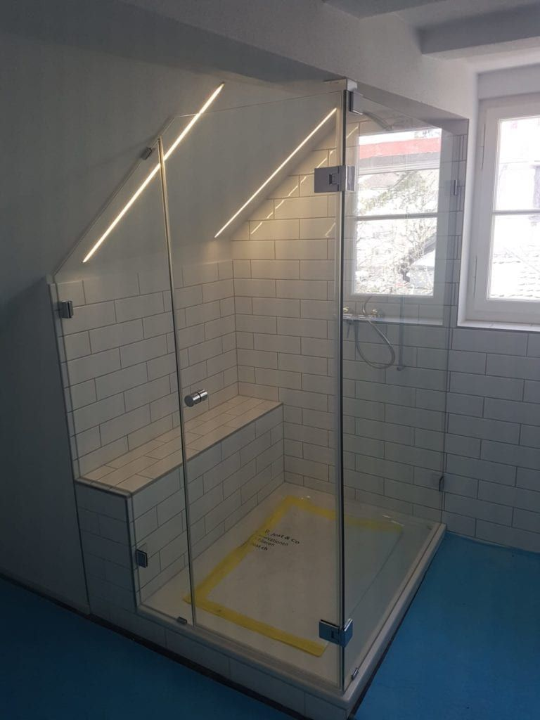 Dusche Unter Dachschrage Eine Elegante Losung Fur Den Dachausbau
