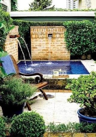 Resultado de imagem para jardins com piscinas pequenas Ideas de