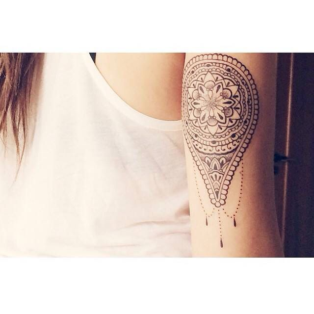beautiful mandala tattoo arm tattoo woman tattoo girls tattoo tatouage mandala pour femme. Black Bedroom Furniture Sets. Home Design Ideas