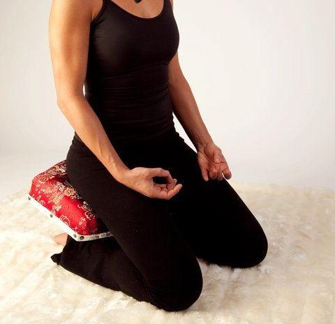 The Reflekter Ergonomic Meditation Chair With Cushion