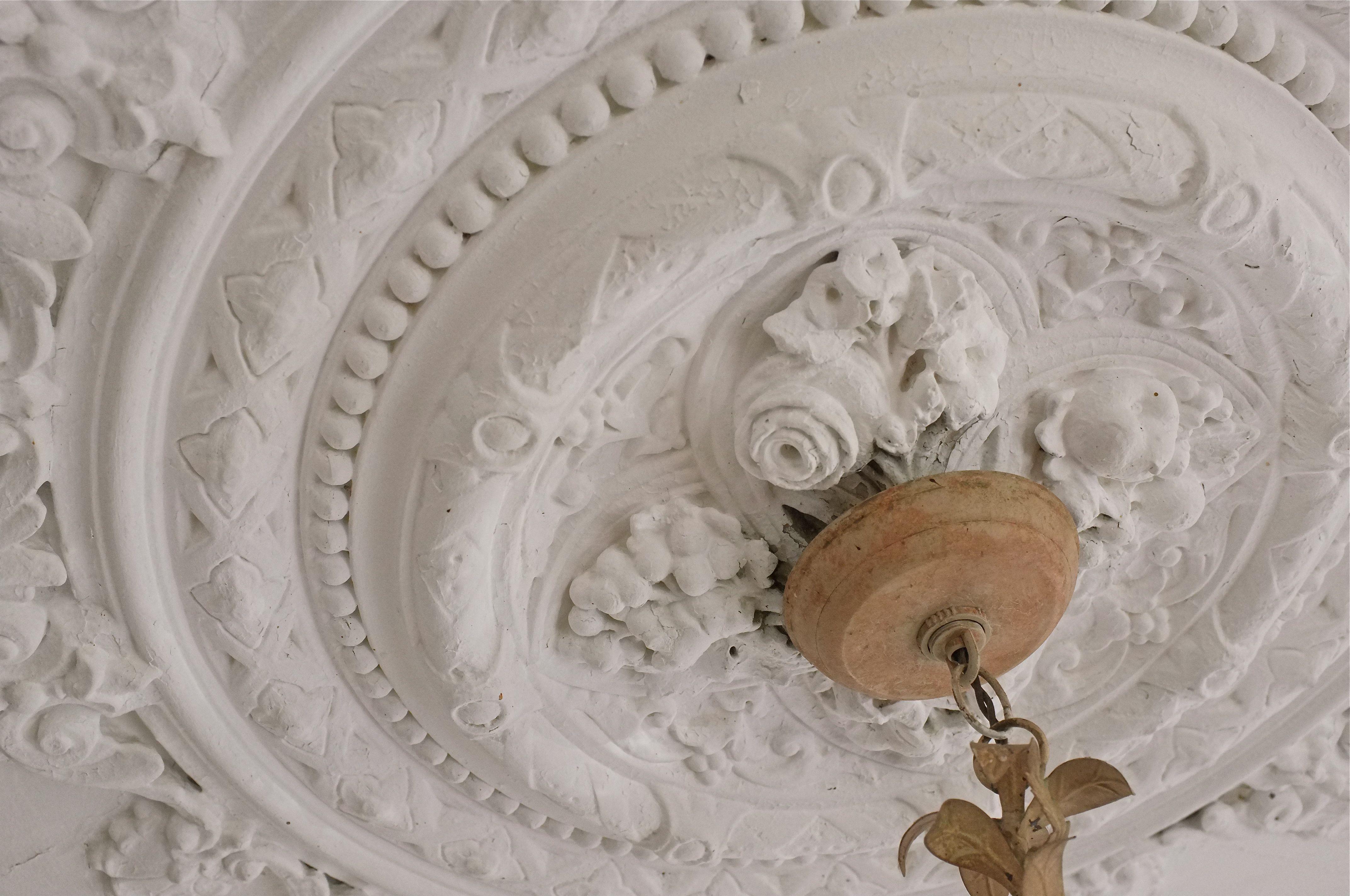Plaster Ceiling Medallion Kim Smith Designs Medallion Wall Art Ceiling Medallions Victorian Ceiling Medallions