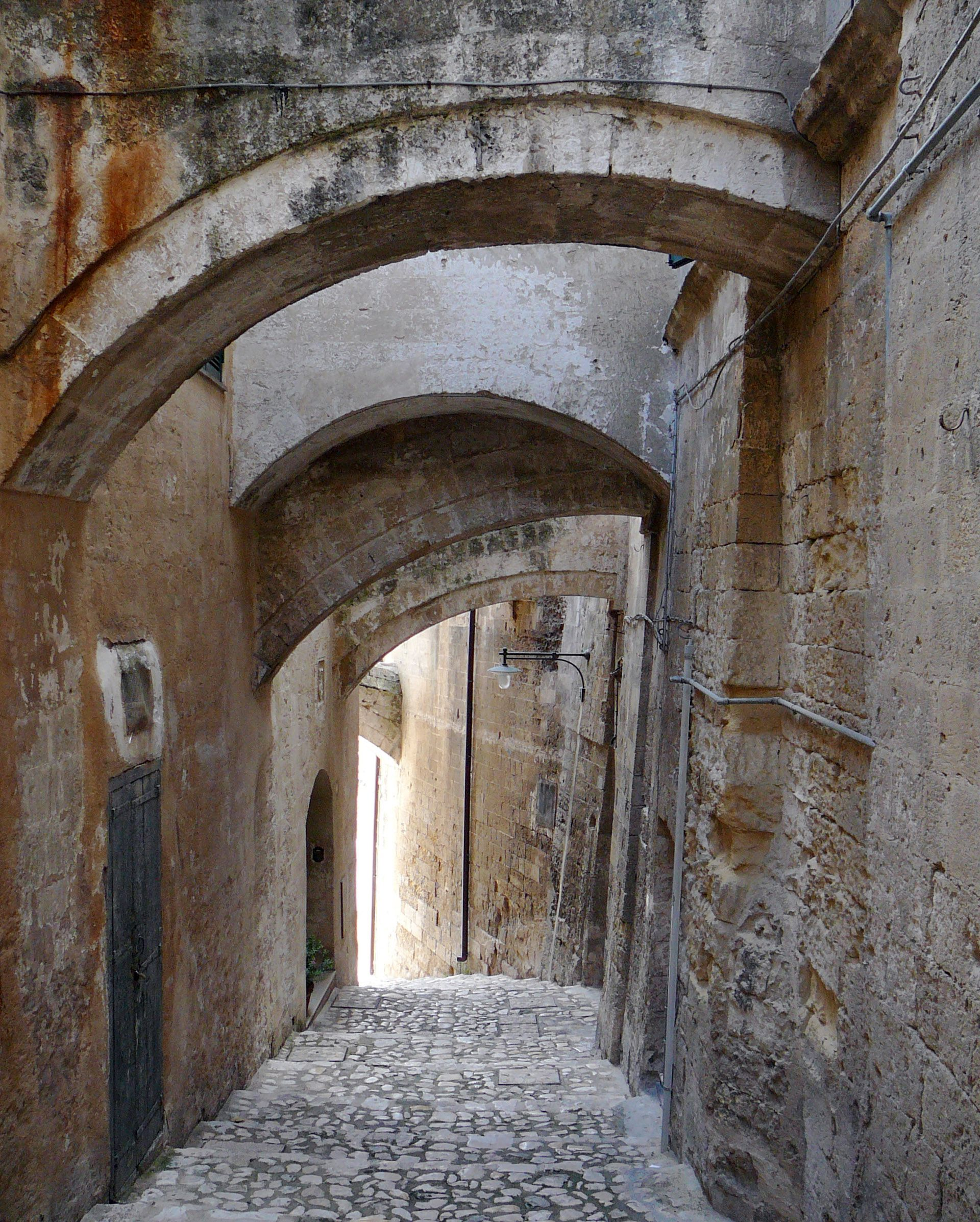 It takes centuries for such #patina to emerge: saluting #Tuscany (via TuscanTraveler.com).