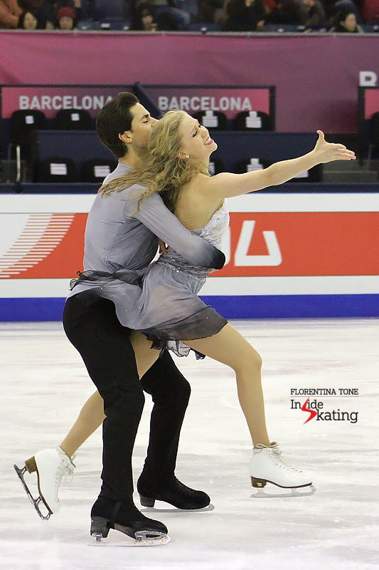 1 Kaitlyn Weaver and Andrew Poje practice FD 2016 GPF (7)