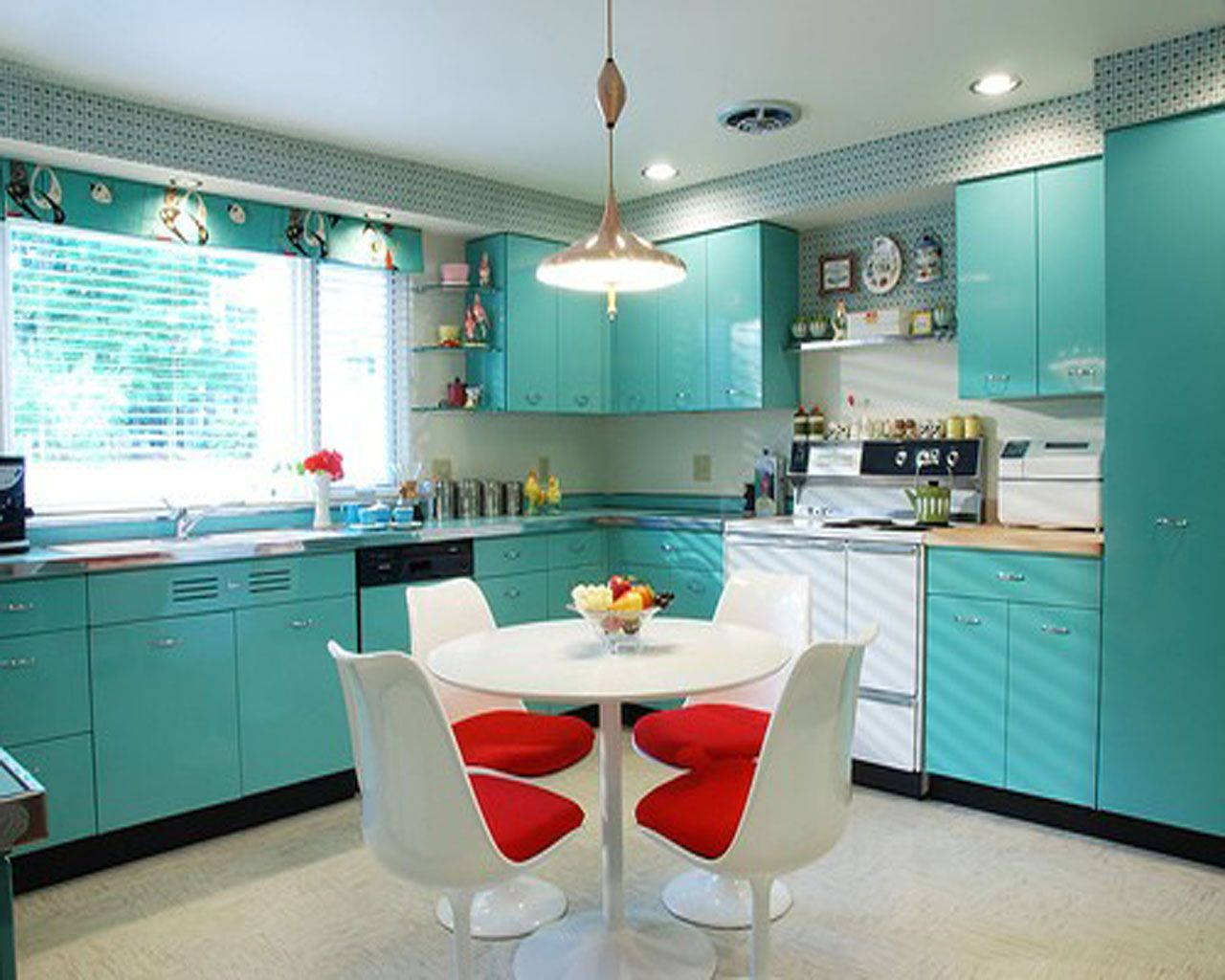 15 Favorite Ideas for Turquoise Kitchen Decor and Appliances ...