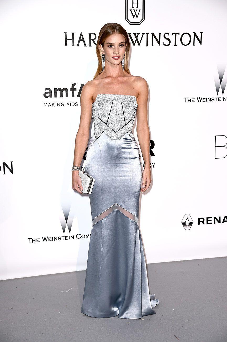 41f94baf9 La gala amfAR o la noche más divertida de Cannes ROSIE HUNTINGTON-WHITELEY  Vestidos De