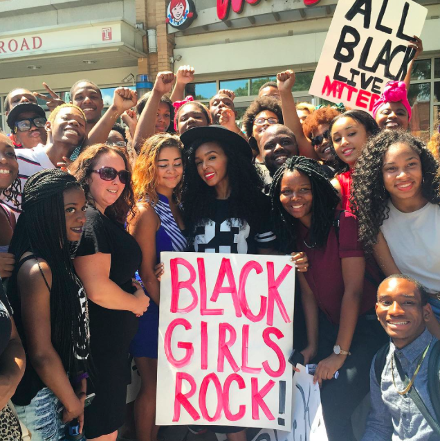 Janelle Monae And Wondaland Artists Stand Up For Black Lives In Philly Black Girl Groups Black Lives Matter Movement Black Lives