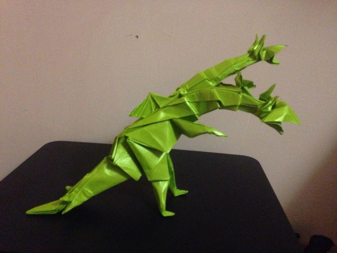 3 head Dragon ( dragón de 3 cabezas )