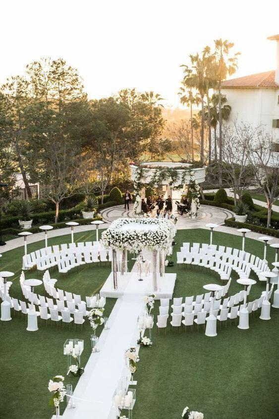 Glamorous white wedding in California at Monarch Beach Resort  #beach #california #glamorous #monarch #resort #wedding #white #hochzeitsdeko