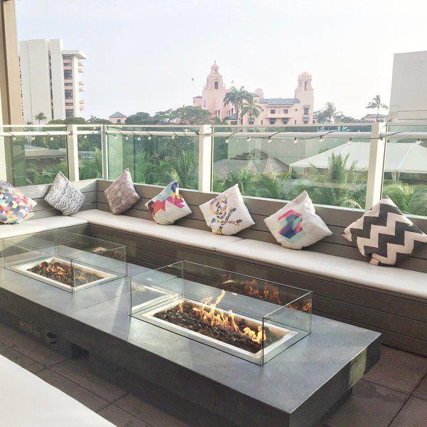 Buho Rooftop Lounge