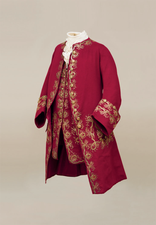 "fripperiesandfobs: "" Coat and waistcoat ca. 1745 From Cora Ginsburg LLC """