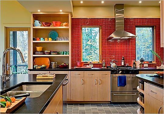 red glass tiles - for my slashback Kitchen Pinterest - ideen für fliesenspiegel küche