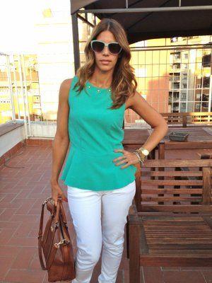 MisstrendyBarcelona Outfit  urbano Peplum  Verano 2012. Combinar Camisa-Blusa Azul turquesa/aguamarina Zara, Gafas Azul cielo Primark, Cómo vestirse y combinar según MisstrendyBarcelona el 29-6-2012