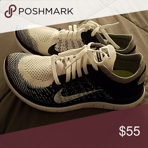 Shop Women's Nike size 8 Athletic Shoes at a discounted price at Poshmark.  Description: Woman's Flyknit Sold by onelovektm.