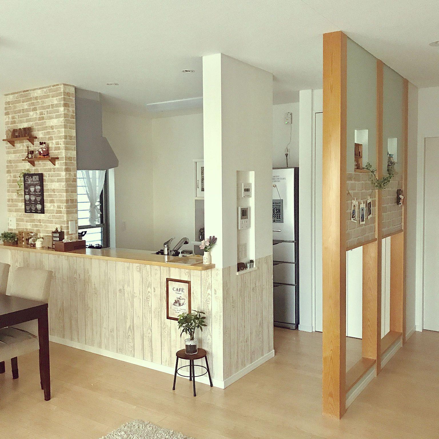 部屋全体 化粧柱 Rc初心者 板壁風壁紙 レンガ調壁紙 などの