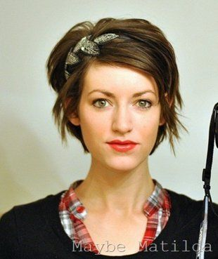 Cute, short hairstyle! I\'m thinking about cutting my hair shorter ...
