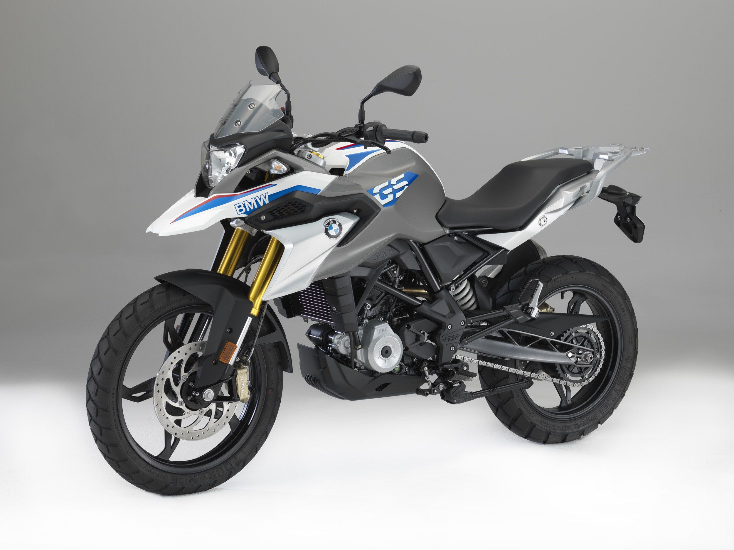 Bmw G 310 Gs Known For Their Large Capacity Adventure Touring Bikes Bmw Have Finally Announced A Small Displacement Gs Model Bmw Motorrad Bmw Motorcycle