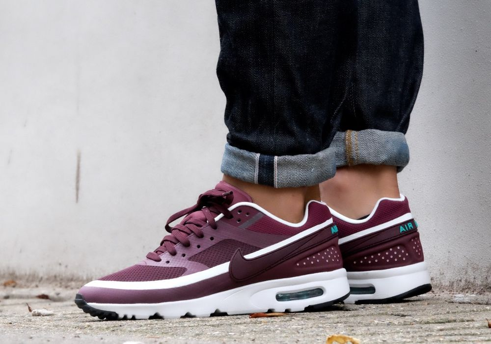 Où trouver la Nike Wmns Air Max BW Ultra 'Night Maroon White ...