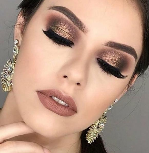 Improve makeup with these beautiful wedding makeup Image