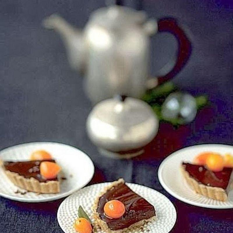 Crostata al cioccolato con kumquat.