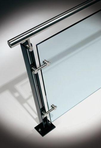 Best Glass Railing With Metal Handrail Ferric Hdi Railing 640 x 480