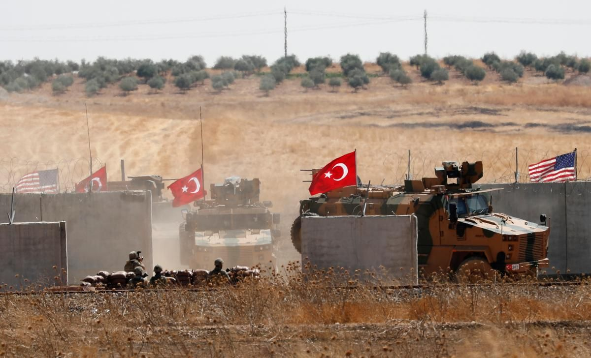 Turkish Military Enters Syria To Begin Joint U S Safe Zone