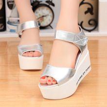 Zapatos de las mujeres 2016 Verano Nueva Moda de Los Altos Talones Del Dedo Del Pie Abierto Zapatos de Plataforma Sandalias de Cuña(China (Mainland))