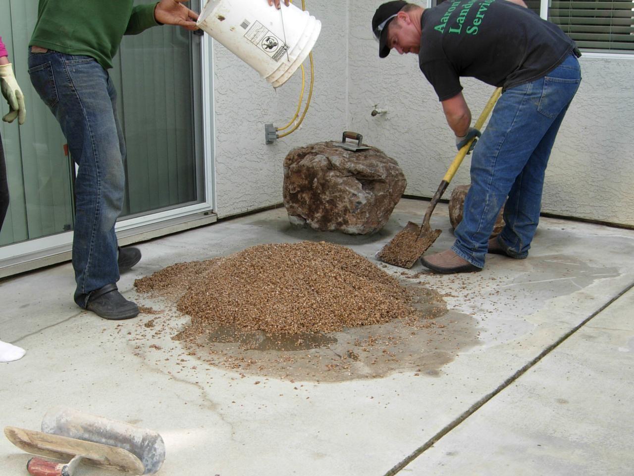 Laying a Pebble Patio Pebble patio, Concrete patio