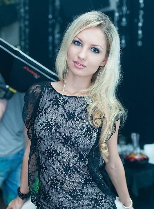Russian and Ukrainian Girls - Facebook Group | Ukrainian