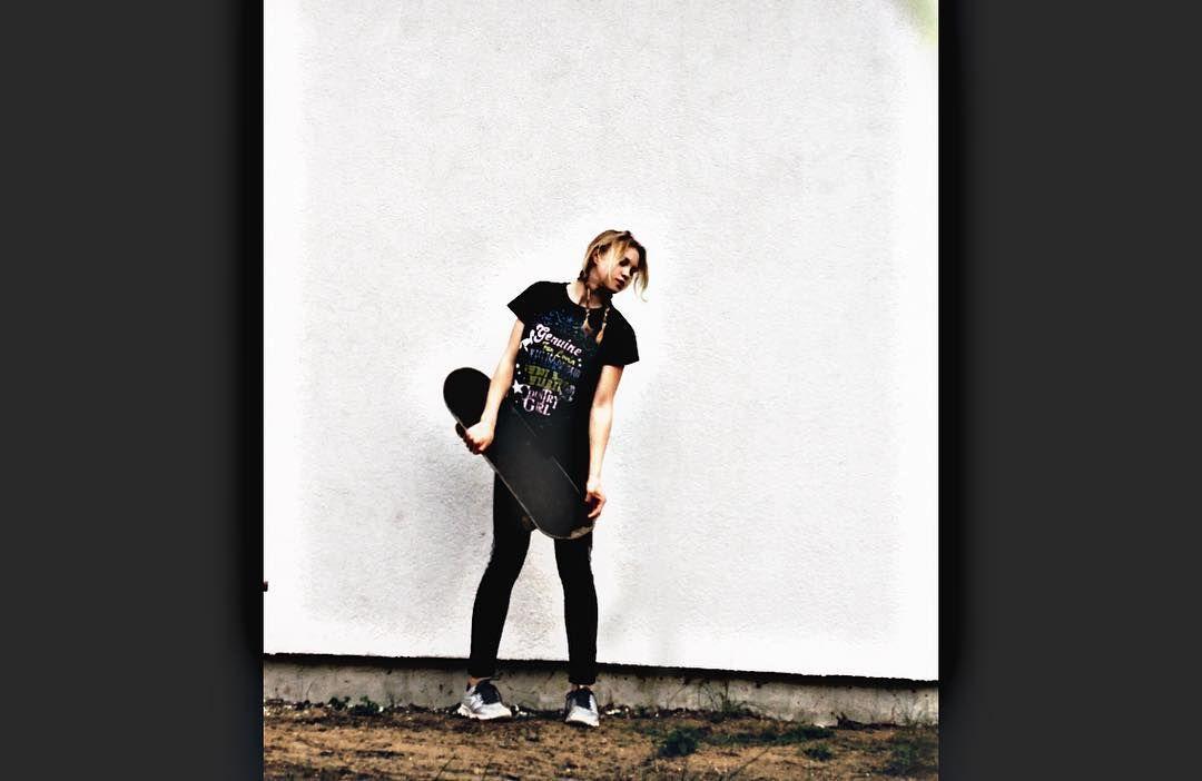 Instagram #skateboarding photo by @martatojaa - #polishgirl #skateboarding #skatelife #skater #skate #skateeveryday #skateeverything #skateboard #skateboarder #skatelove #skate4life #toomuchskate #skateismylife #skateisfun #skateismylife #loveskating #skateeverydamnday #toomanyhashtags #lol #followme #follow #follow4follow #like4like #like #imsupergirl #powerpuffme #powerpuffgirl #. Support your local skate shop: SkateboardCity.co