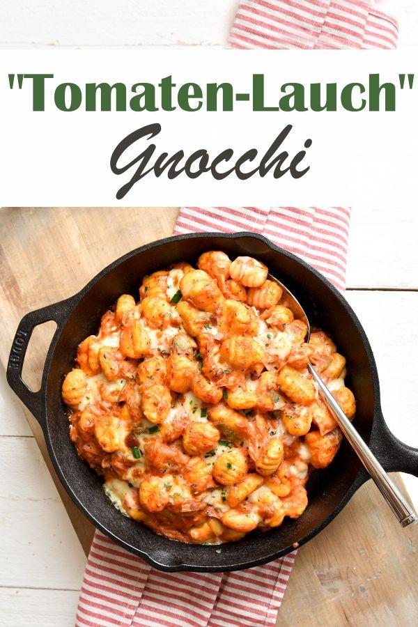 Gnocchi in Tomaten-Lauch-Soße.